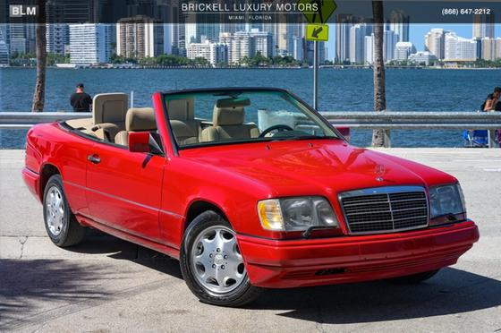 1995 Mercedes-Benz E-Class E320:24 car images available