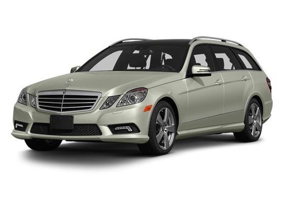 2013 Mercedes-Benz E-Class E350 4Matic : Car has generic photo