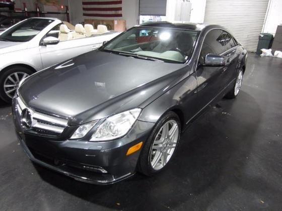 2010 Mercedes-Benz E-Class E350:18 car images available