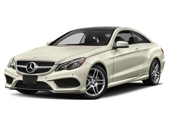 2015 Mercedes-Benz E-Class E400 4Matic : Car has generic photo