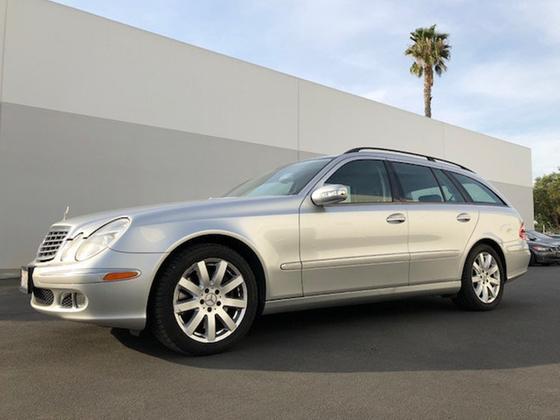 2005 Mercedes-Benz E-Class E500 4Matic:14 car images available