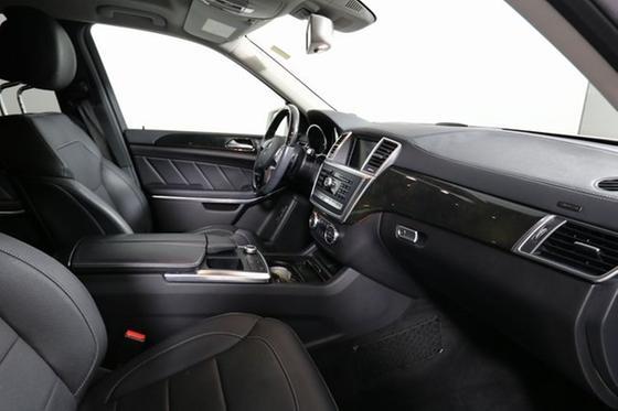 2016 Mercedes-Benz GL-Class GL550