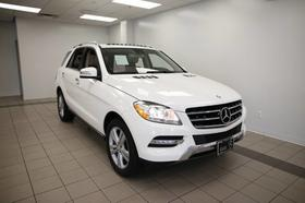2014 Mercedes-Benz ML-Class ML350:12 car images available