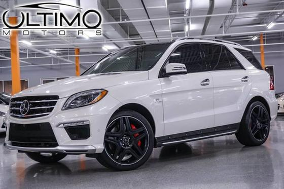 2015 Mercedes-Benz ML-Class ML63 AMG:24 car images available