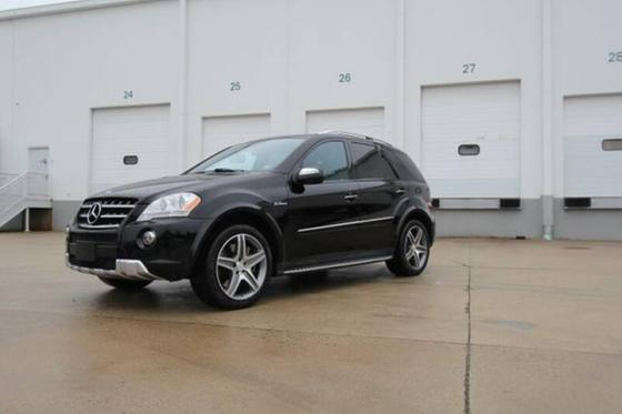 2009 Mercedes-Benz ML-Class ML63 AMG:14 car images available