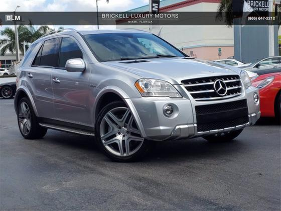 2010 Mercedes-Benz ML-Class ML63 AMG:24 car images available