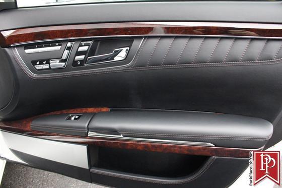 2011 Mercedes-Benz S-Class S600