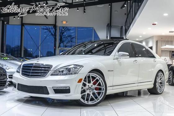 2010 Mercedes-Benz S-Class S65 AMG:24 car images available
