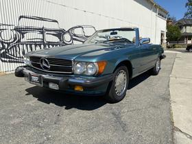 1987 Mercedes-Benz SL-Class :12 car images available