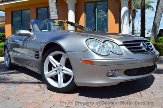 2005 Mercedes-Benz SL-Class SL500:24 car images available