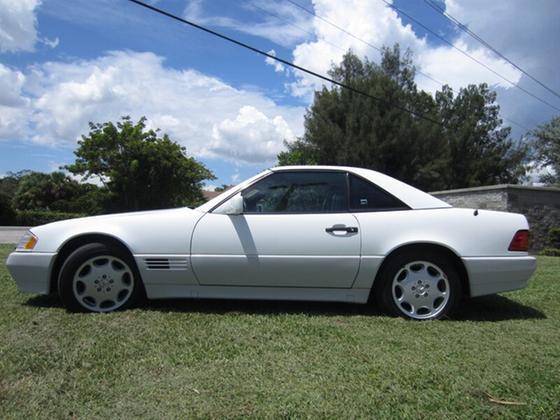 1995 Mercedes-Benz SL-Class SL500:22 car images available