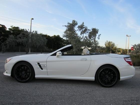 2014 Mercedes-Benz SL-Class SL550:23 car images available