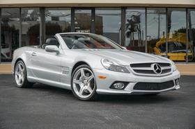 2011 Mercedes-Benz SL-Class SL550:21 car images available