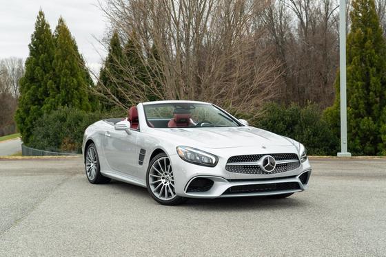 2019 Mercedes-Benz SL-Class SL550:24 car images available