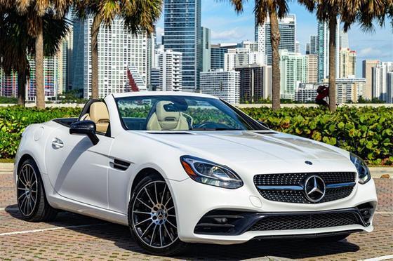 2018 Mercedes-Benz SLC-Class SLC300:24 car images available