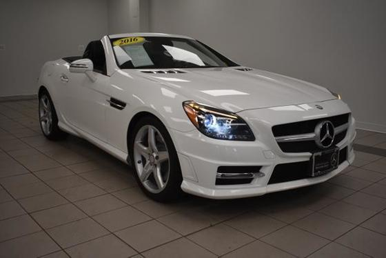 2016 Mercedes-Benz SLK-Class SLK300:20 car images available