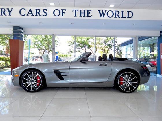 2013 Mercedes-Benz SLS AMG GT:24 car images available