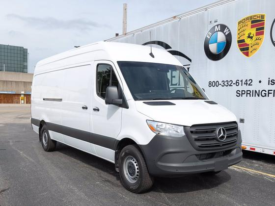 2020 Mercedes-Benz Sprinter :14 car images available