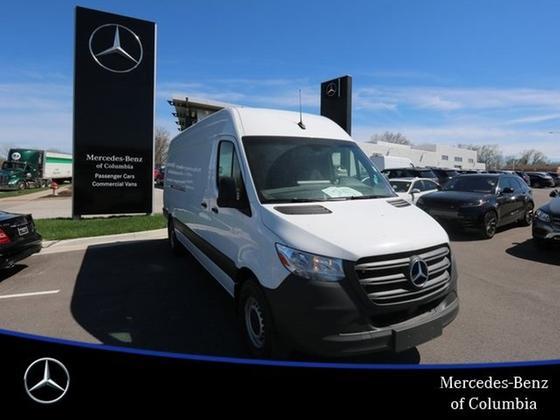 2019 Mercedes-Benz Sprinter 2500:17 car images available