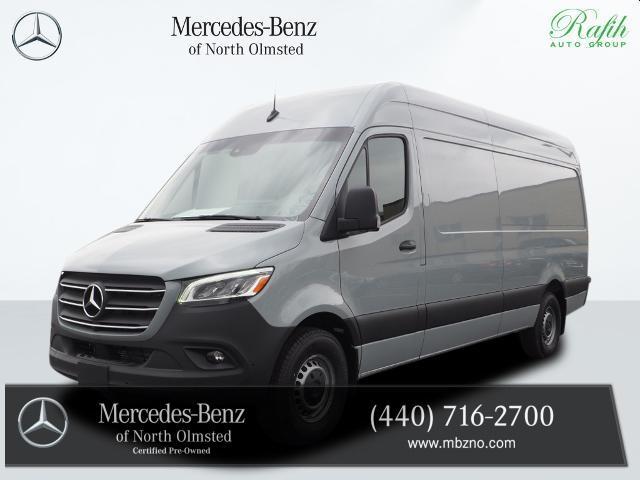 2021 Mercedes-Benz Sprinter 2500:16 car images available
