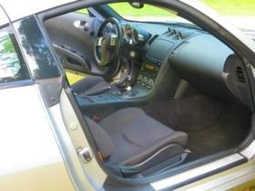 2004 Nissan 350Z  Enthusiast