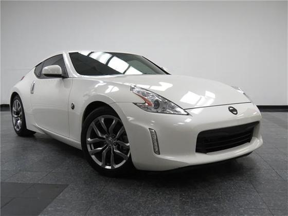 2014 Nissan 370Z :24 car images available