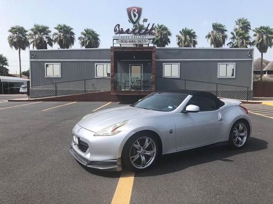 2010 Nissan 370Z Touring:24 car images available
