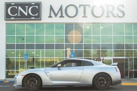 2017 Nissan GT-R :24 car images available