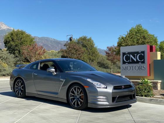 2015 Nissan GT-R :10 car images available