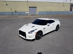 2013 Nissan GT-R Black Edition:22 car images available
