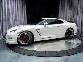 2014 Nissan GT-R Black Edition:24 car images available