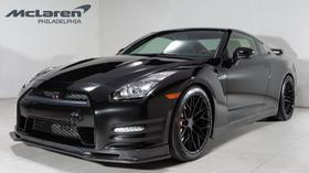 2014 Nissan GT-R Black Edition:21 car images available