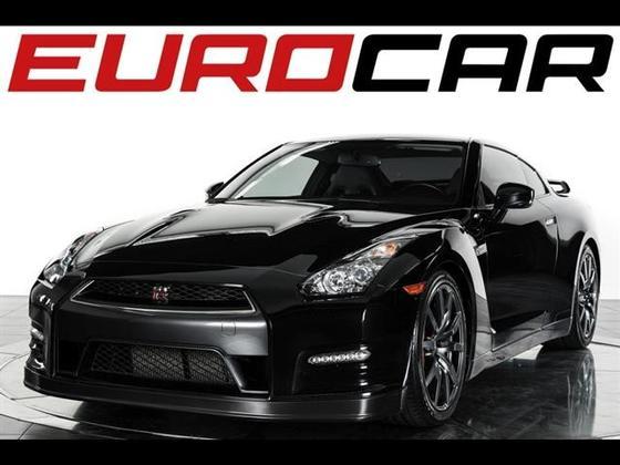2012 Nissan GT-R Premium:12 car images available