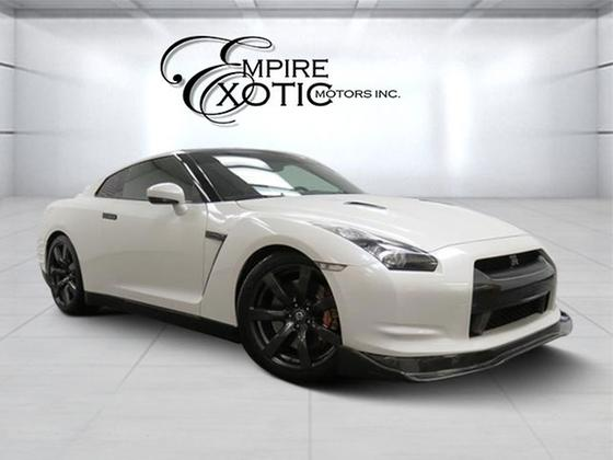 2010 Nissan GT-R Premium:24 car images available