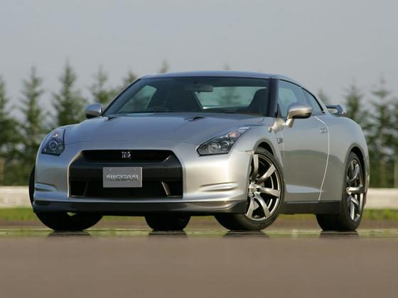 2009 Nissan GT-R Premium : Car has generic photo