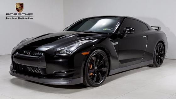 2009 Nissan GT-R Premium:22 car images available