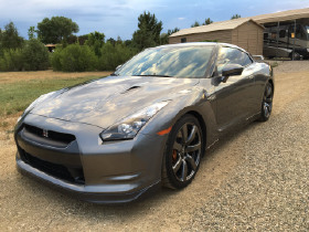 2010 Nissan GT-R Premium:12 car images available