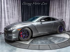 2013 Nissan GT-R Premium:24 car images available