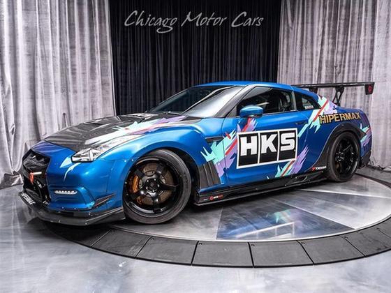 2012 Nissan GT-R Premium:24 car images available