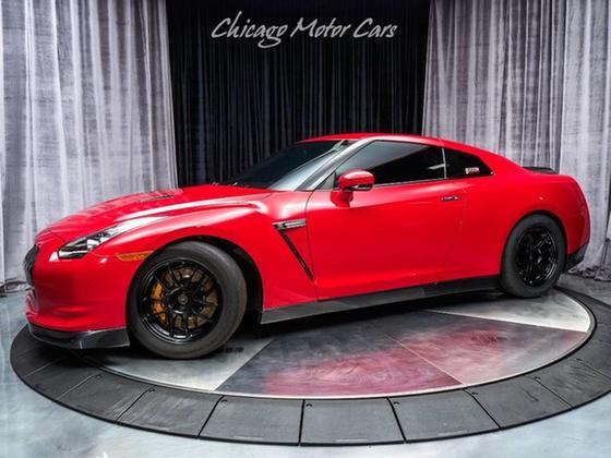 2010 Nissan GT-R Premium:24 car images available