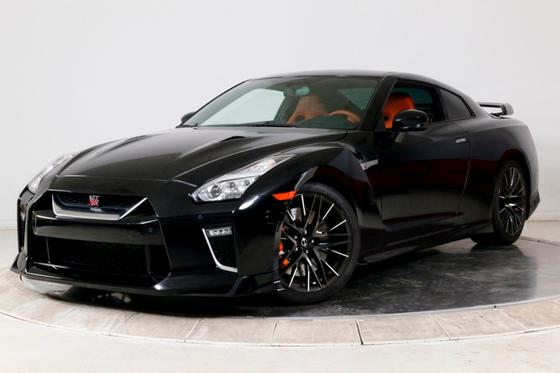 2020 Nissan GT-R Premium:24 car images available