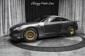 2014 Nissan GT-R Premium:24 car images available