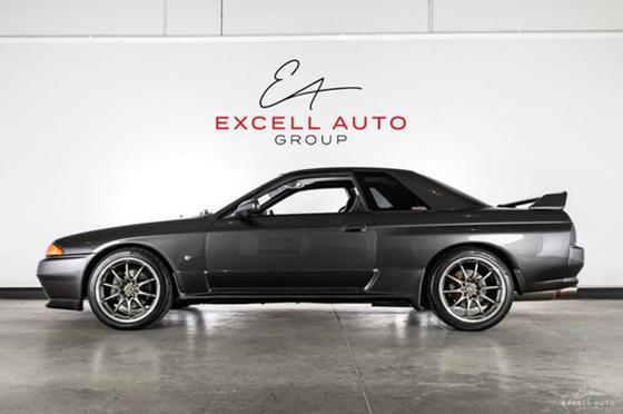 1992 Nissan Skyline GT-R:24 car images available