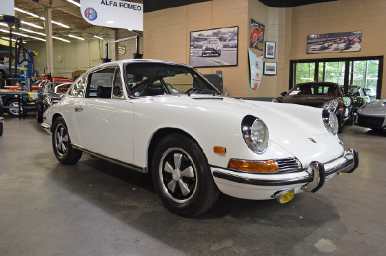 1968 Porsche 911 :18 car images available