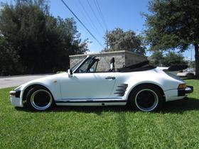 1976 Porsche 911 :24 car images available
