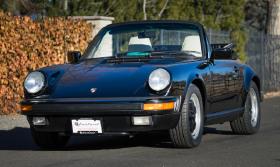 1988 Porsche 911 Carrera 2 Cabriolet:18 car images available