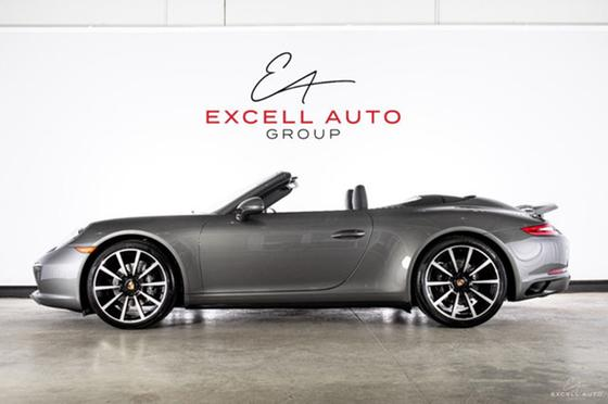 2018 Porsche 911 Carrera 4 Cabriolet:24 car images available