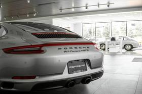2019 Porsche 911 Carrera 4 GTS