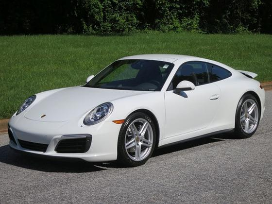 2017 Porsche 911 Carrera 4:24 car images available