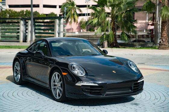 2015 Porsche 911 Carrera 4:24 car images available